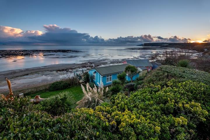 The Ledge Beach Hut
