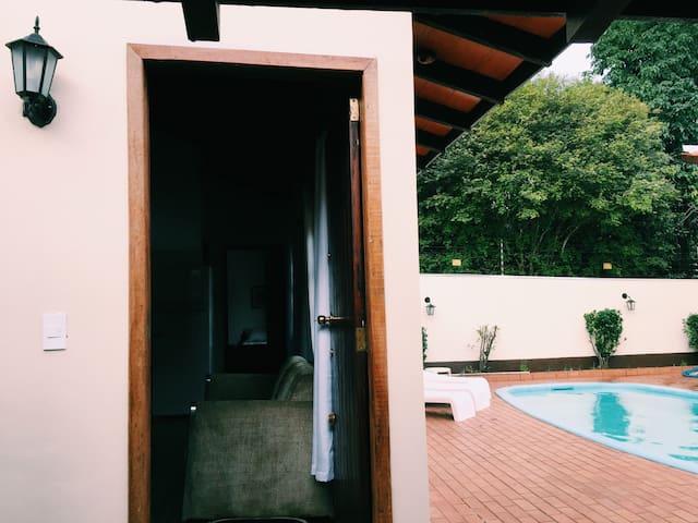Entrance | Entrada