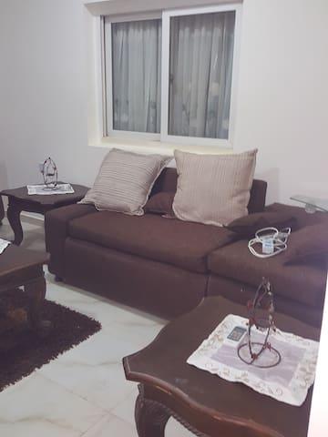 UNIXX Furnished Apartment, Al Khaleej Stop