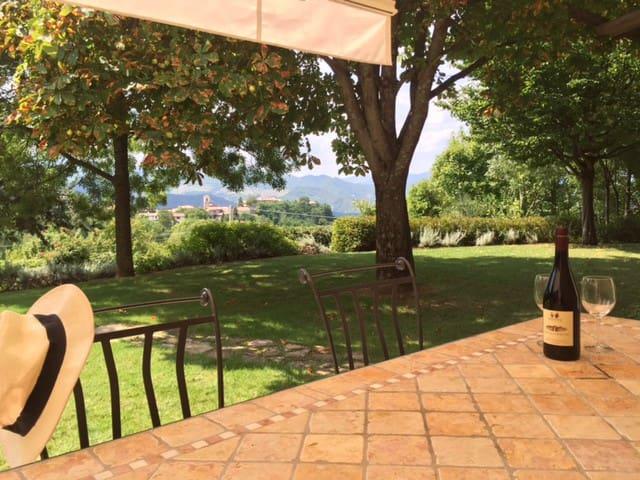 Villa Poggio Bello, San Donato, RI