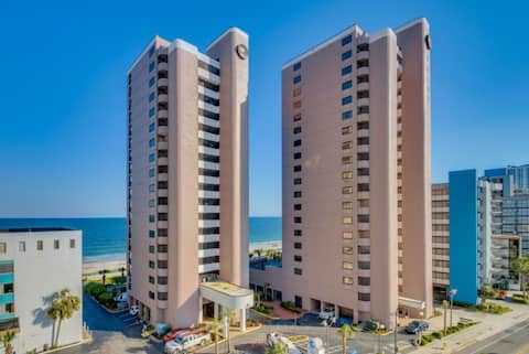 Hosteeva | The Palms 305 in Myrtle Beach | Ocean-front View with Private Balcony