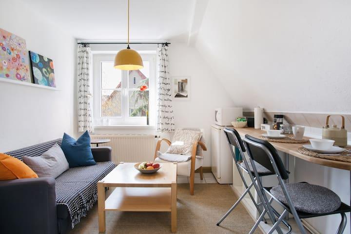 Kleine, feine Dachgeschosswohnung