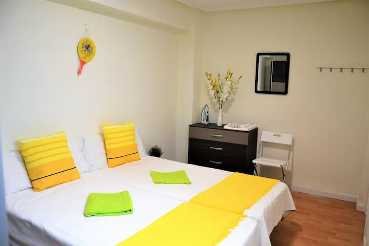 Double room en Russafa. Perfect place to stay