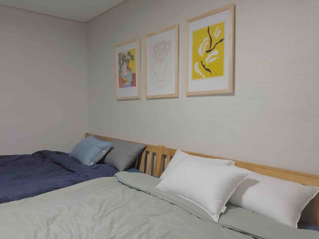 Ch.03: Modern and Spacious NewRenovated 2BR house