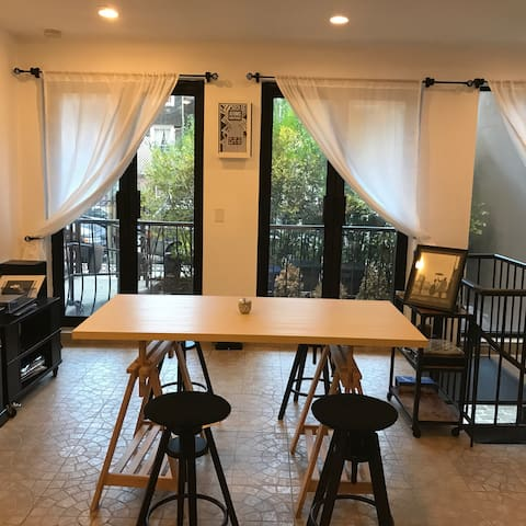 1 Bedroom in a large apartment w/ a private patio!