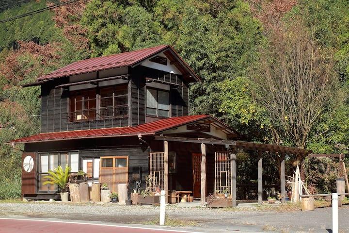東京の秘境 檜原村の絶景古民家カフェ Cafe stay in wilderness Tokyo