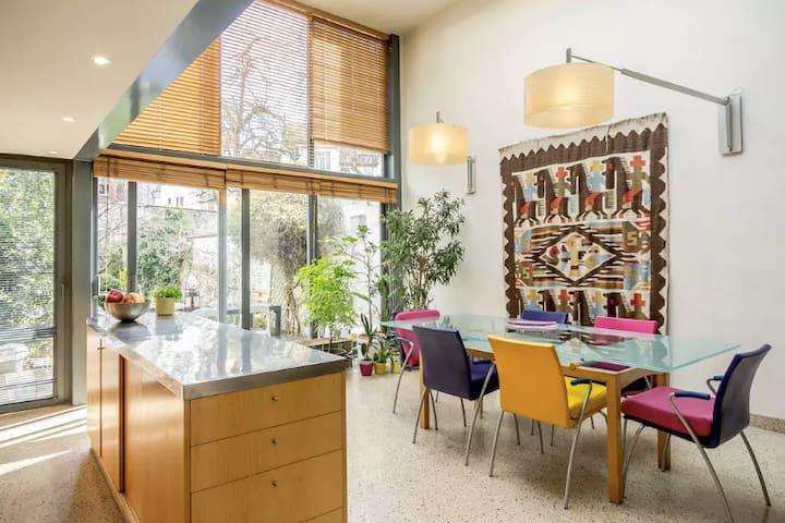 Bruxelles Guest House - Schaerbeek - Hus