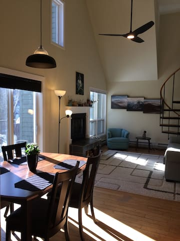 1BR Condo in the heart of ski country
