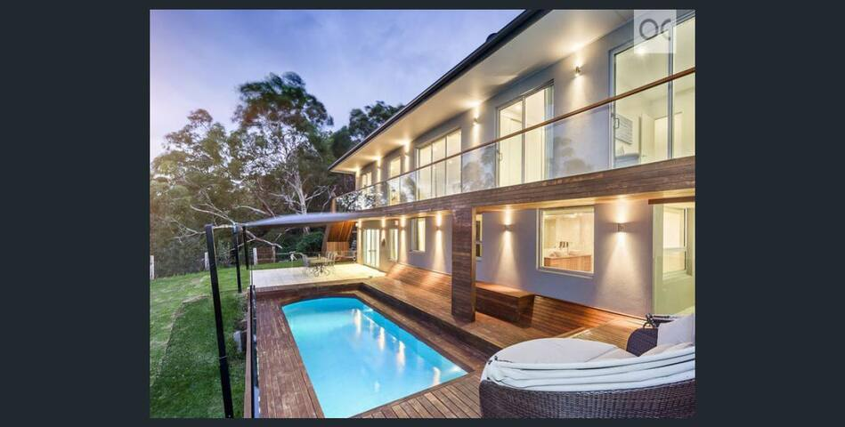 Luxury Adelaide Hills Home-Just 20min from the CBD