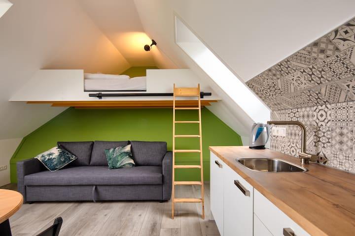 Studio appartement Peer (2-4 pers) met wifi