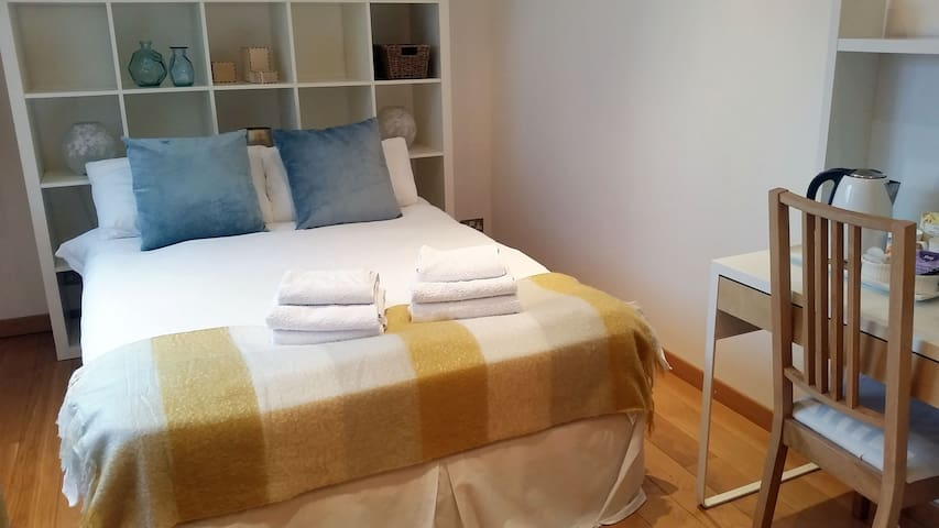 Glasgow Central Cosy Double Room