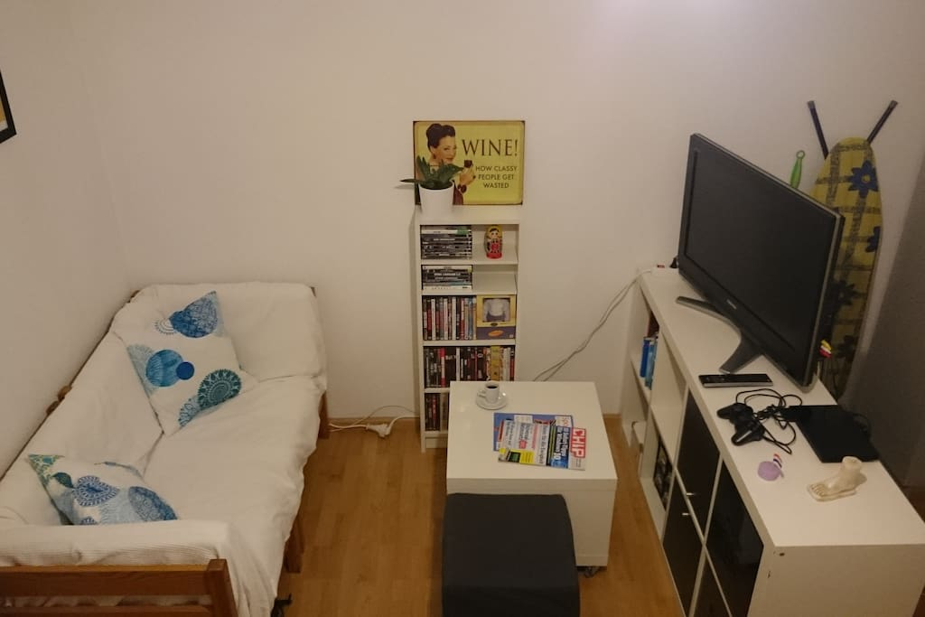 apartment im stadtzentrum mit balkon wohnungen zur miete in freiburg baden w rttemberg. Black Bedroom Furniture Sets. Home Design Ideas