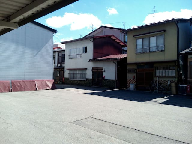 8 min station.Traditional Home Stay very low cost! - 高山市 - Talo