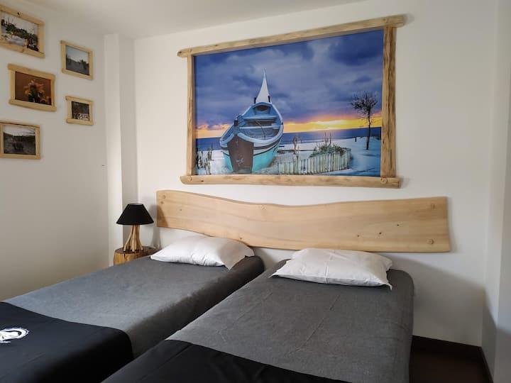 """Quarto/Room """"Dunas"""" - AtlanticSpot GuestHouse"""