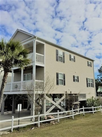 """Vitamin Sea"" is the perfect family beach getaway! - Surfside Beach"