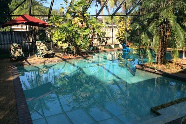 Miami Pool Home (C)