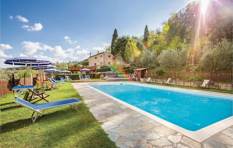 Holiday apartment with 3 bedrooms on 150m² in Volterra PI