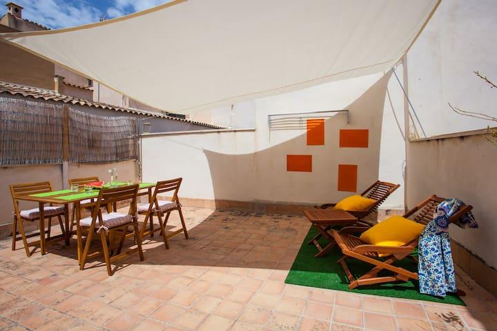 CUQUISIMO ATICO CON TERRAZA EN EL CORAZON DE PALMA