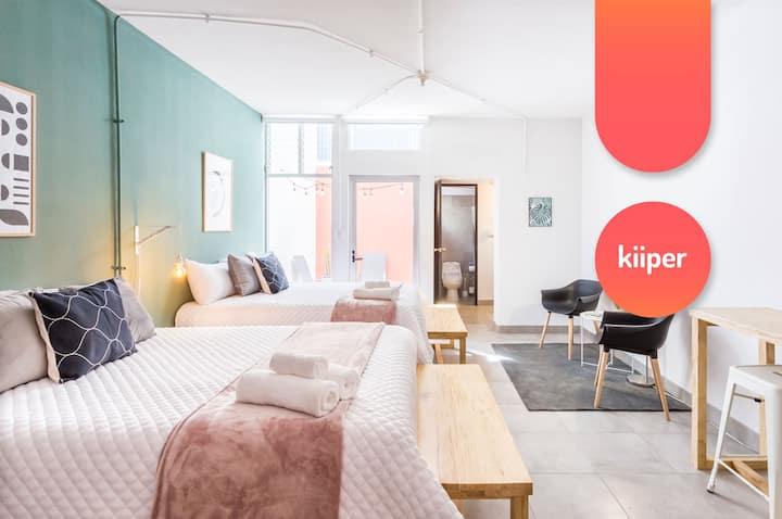 kiiper | Family Studio with Sunny Patio | 4 PPL