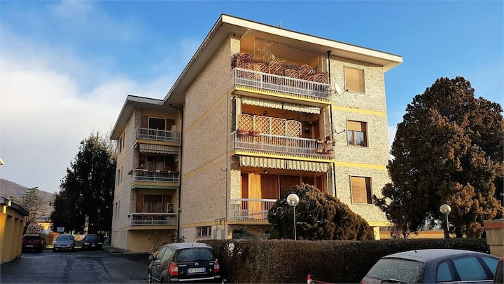 Large apartment for short and long stay