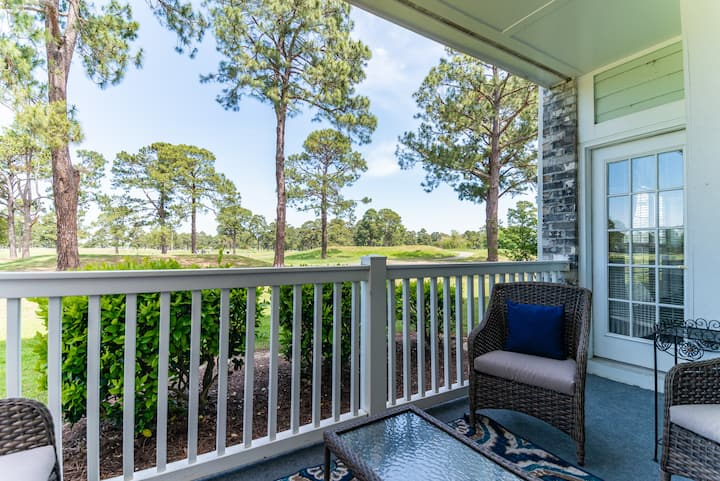 Private Entry on 1st Floor. Golf Course View. Convenient to Coastal Carolina.