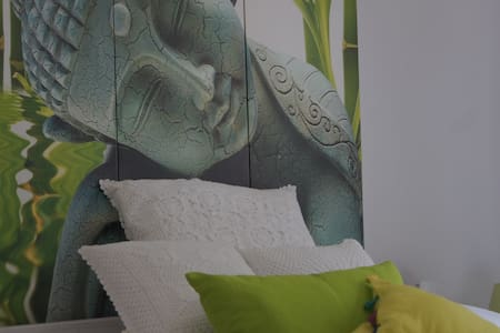 can bliss Vic - Sant Carles de Peralta - Bed & Breakfast