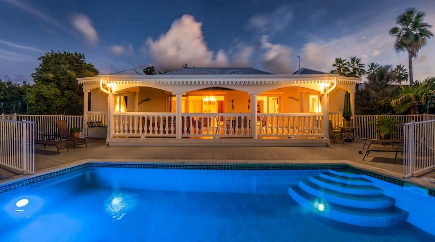 Secluded Villa at Happy Bay - Marigot - Casa