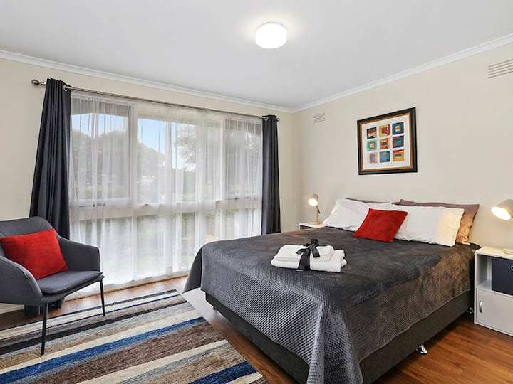 Central Highton Airbnb
