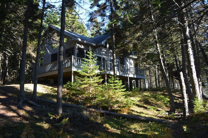 Cottage in the Woods (Sand Beach Road) - Stonington - Zomerhuis/Cottage