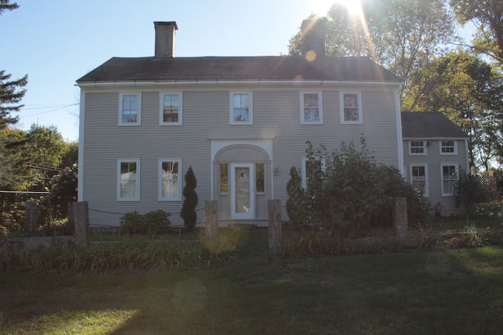 Charming Pemaquid Colonial, room 3 - Bristol - House