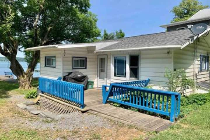 The Megan House-Cayuga Lake East Shore - Level Lot