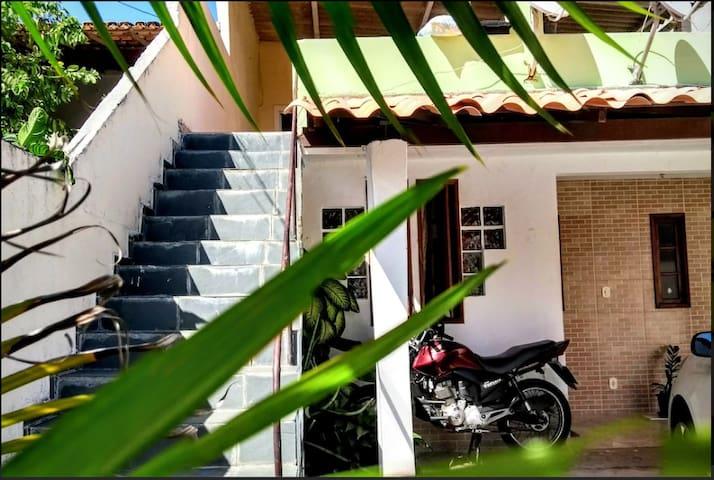 Casa Inteira: Cozinha, Terraço, wifi e estacionmt