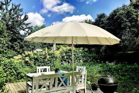 Modern apt with garden in lovely Ullevål Hageby