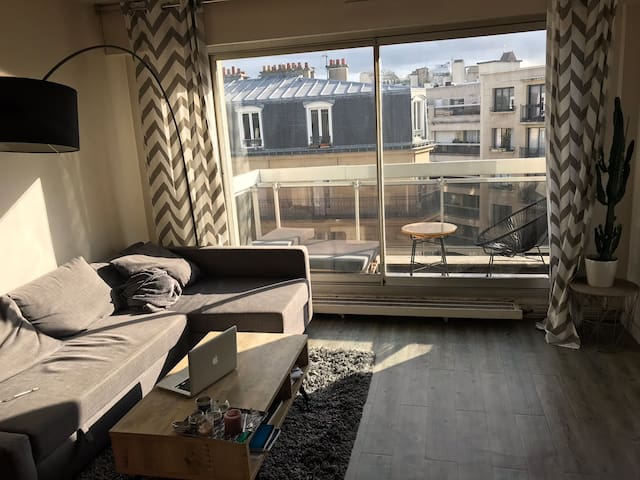 Ideal apartment for a couple in Paris