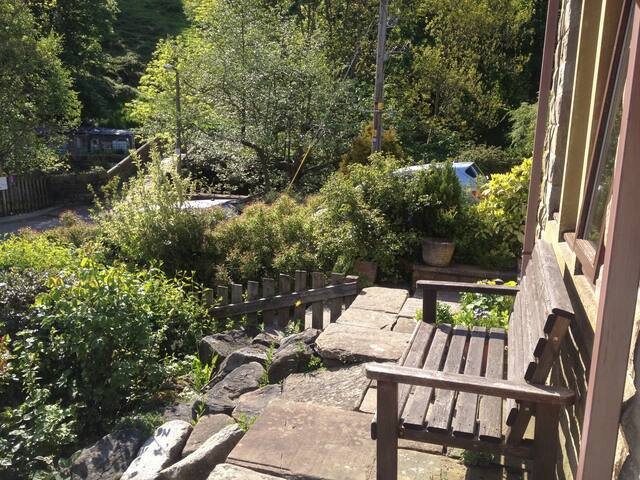 Cosy house in the heart of beautiful Hebden Bridge - Hebden Bridge - Casa
