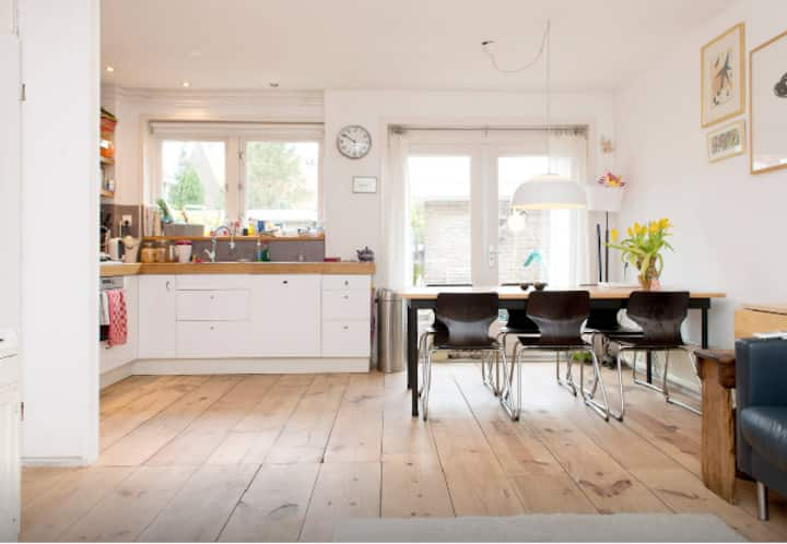 Comfortable Family home in Amsterdam North side