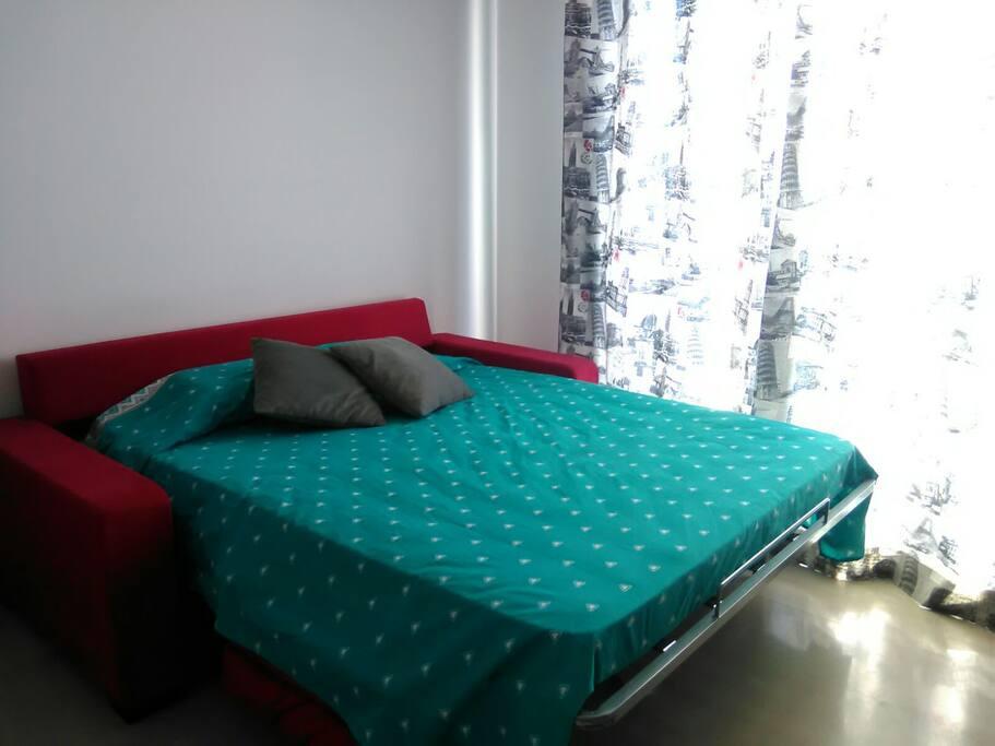 sofá-cama con colchón viscolatex