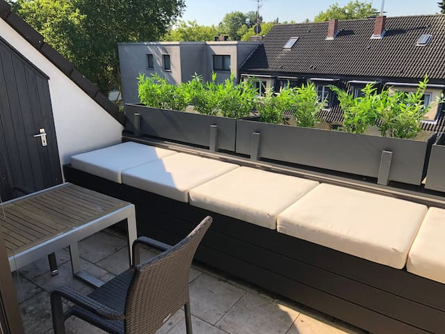 Luxury Penthouse close to fair Essen / Duesseldorf