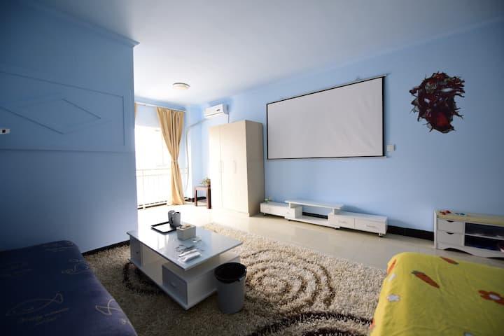 蔚蓝拾光投影大床房