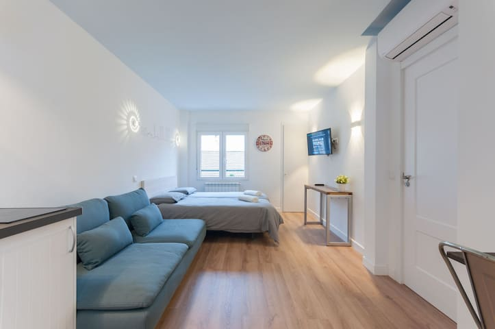 -**Studio City Centre-Atocha-Delicias-WiFi, A/C**-