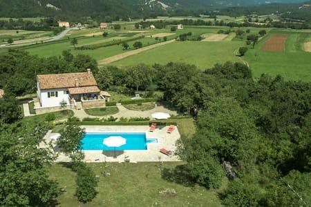 Pitoresque Villa Boljunčica  - Boljun