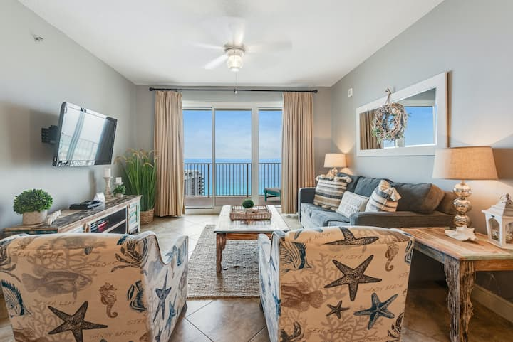 Newly-updated 22nd floor condo w/beach & Gulf views, shared pool, gym, tennis