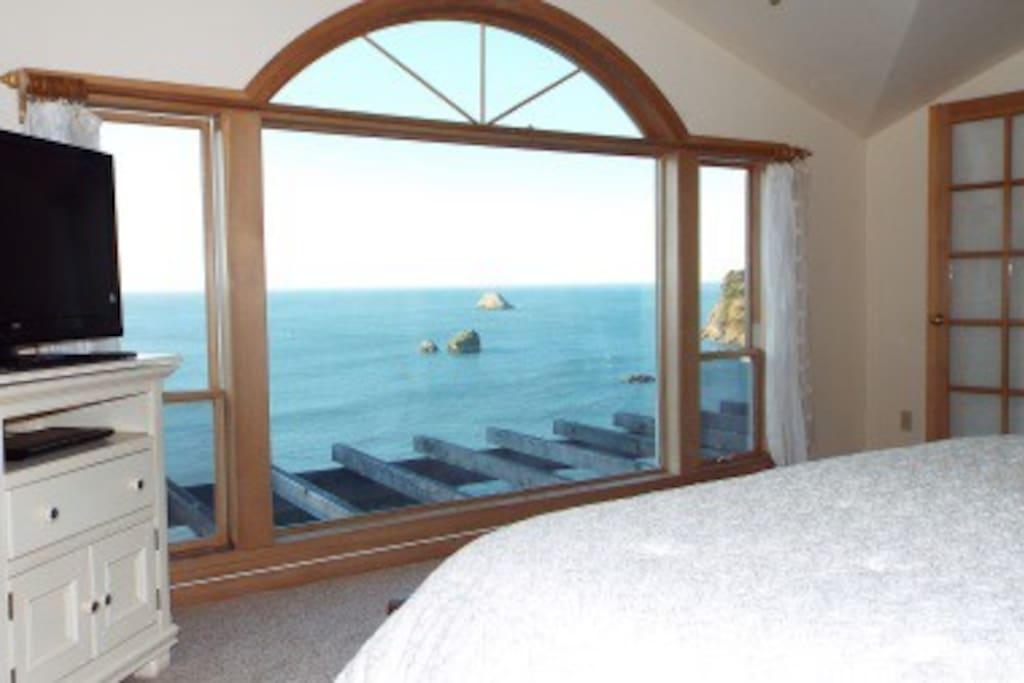 Beautiful Master Bedroom Ocean Views