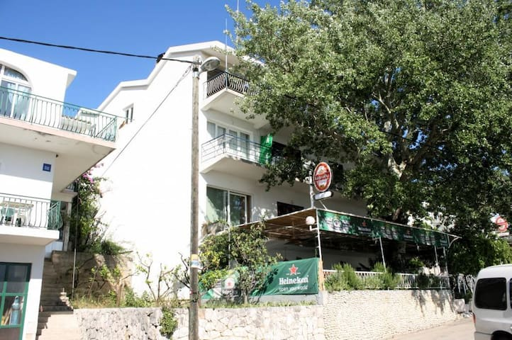 Studio flat with balcony and sea view Živogošće - Porat, Makarska (AS-1055-b)