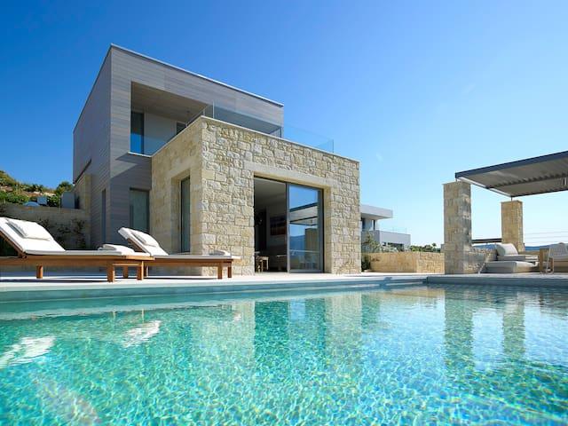 Brand new Youphoria Villa Anassa - Agios Georgios - 別荘