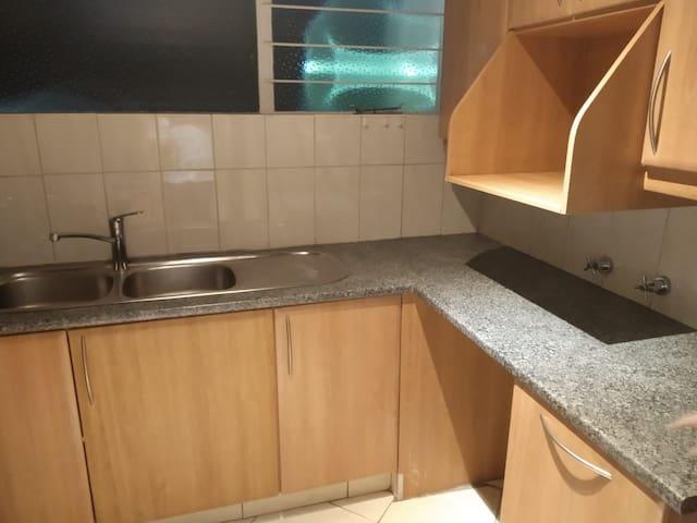 1 bedroom apartment in Glenhazel
