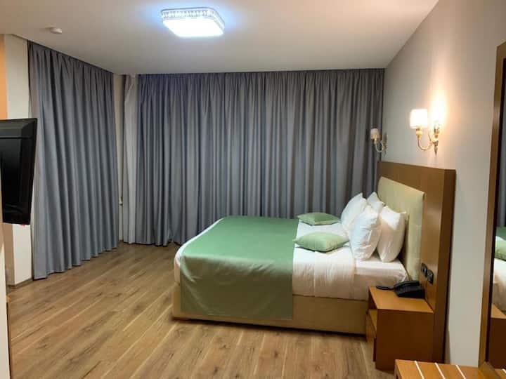 Fresh Full-Service Hotel ****