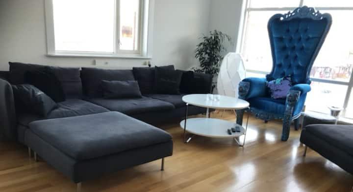 Stor leilighet på torget i Bodø