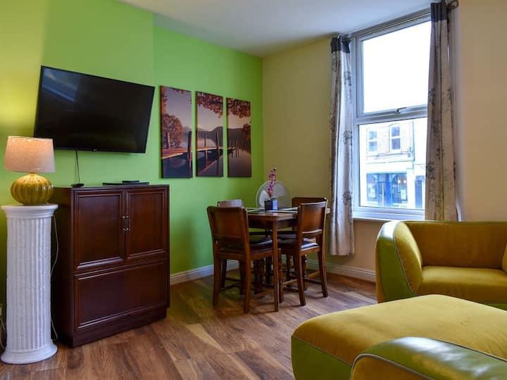 Triangle Apartment 1 - UK32174 (UK32174)