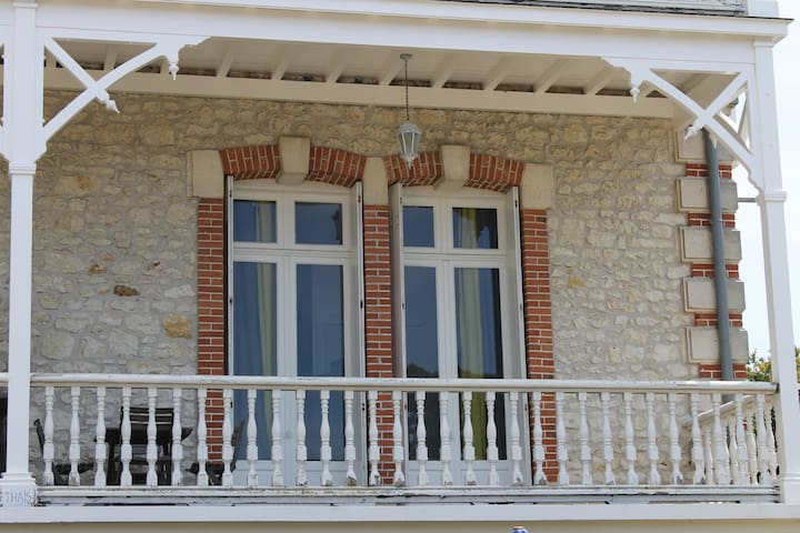 Grand Studio(T1)  proche plage Pontaillac - Royan - Departamento
